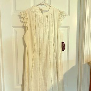 Women's White Ivory Lace-trim Linen Shift Dress